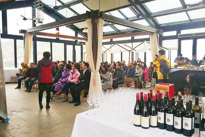 <b>美丽乡村与意大利红酒的邂逅</b>