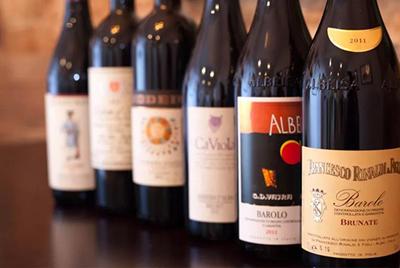 喝意大利葡萄酒时,你是新派还是旧派?