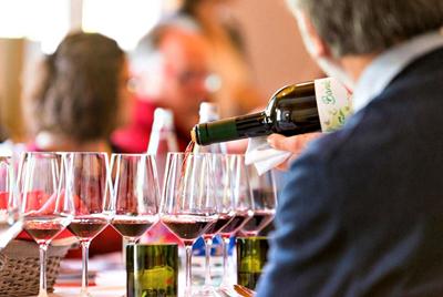 意大利葡萄酒专家告诉你喝酒要喝经典,那到底什么才是经典葡萄酒?